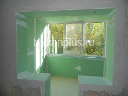 Цены на отделку и остекление балконов и лоджий.