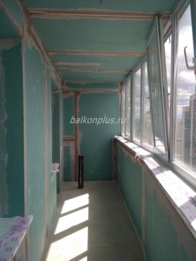Отделка балкона гипсокартоном и утеплением. Площадь 9 кв.м. Срок работ - 4 смены.