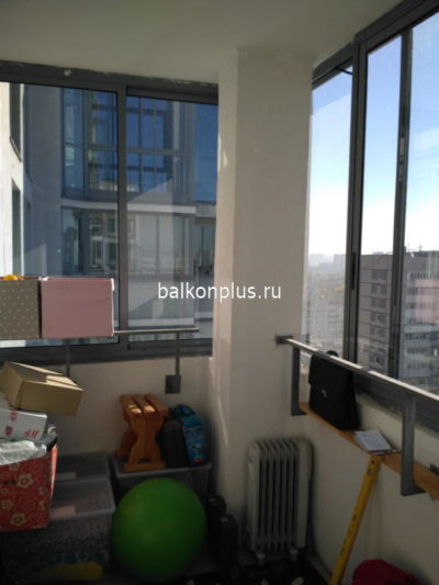 Остекление и утепление балкона в монолитном доме. Екатеринбург