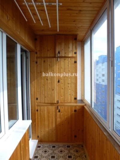 Этому утеплению балкона с отделкой вагонкой всего два года. Челябинск. Р-н Парковый